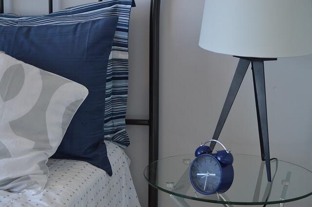 bedroom-1006526_640