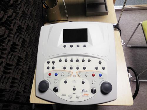 聴力を計るオージオメーター