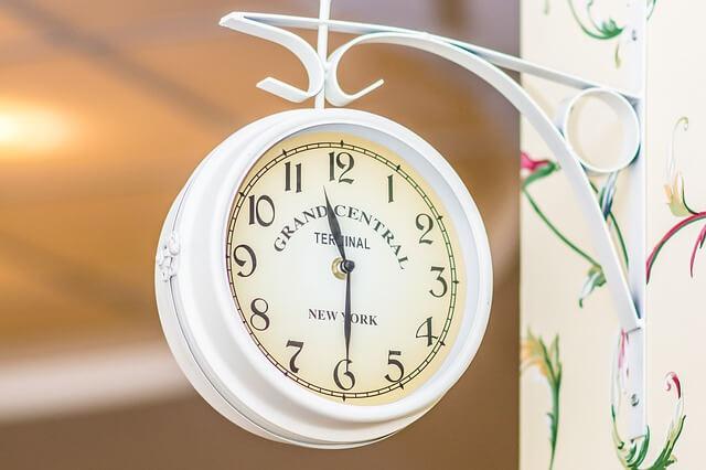 clock-772953_640