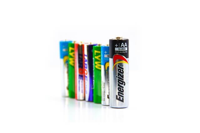補聴器を維持していくために必要になる電池代まとめ