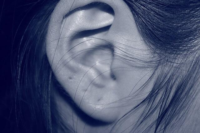 補聴器を使う場合、耳掃除はした方がいい?という質問の答え