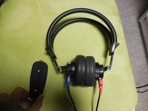 聴力測定の場合は、聞こえたらボタンを押す・・・というようにし、どのくらいの聴力なのかを調べる。