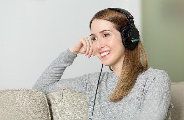 こちらでも確認が可能。ヘッドホン並みに聞こえるようになることはないが(周囲の音やそれ以外の音が補聴器ではよく入るため)、効果に関しては、見ることができる。