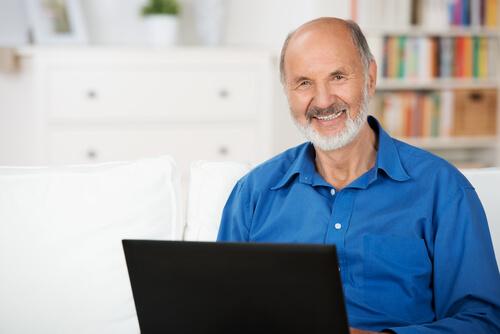 働く高齢者が増える世界で補聴器がしていかなければならないこと