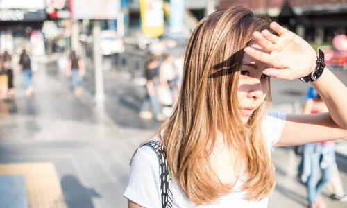 汗による故障が多くなる夏、クロス補聴器の故障を少なくする2つの方法